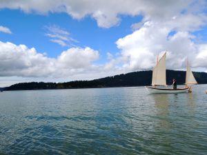 fun boat sail1