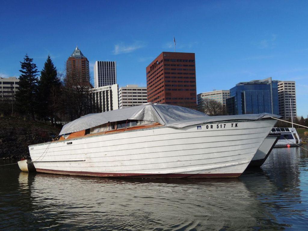 homeless boats2
